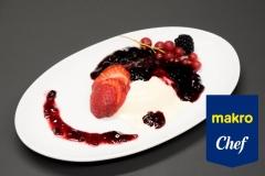 Panacota com sabor a baunilha e base de frutos vermelhos